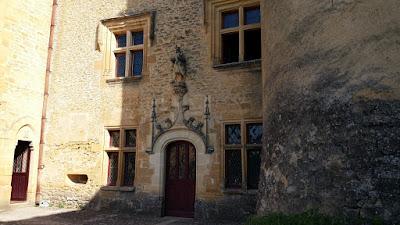 Castell de Puymartin. Pati de Sant Llúis