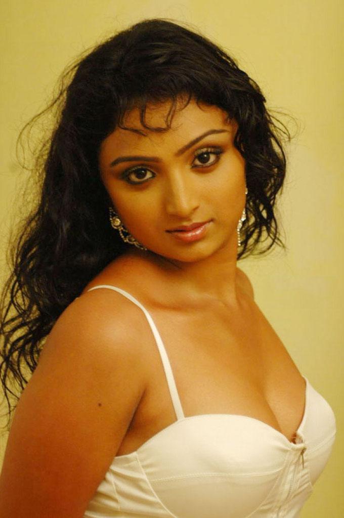 Actress Aunties Hot Boobs Navels Wet Photos Wallpapers Spicy Mallu ...