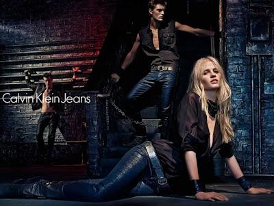 Lara-Stone-for-Calvin-Klein-Fall-2012-Campaign