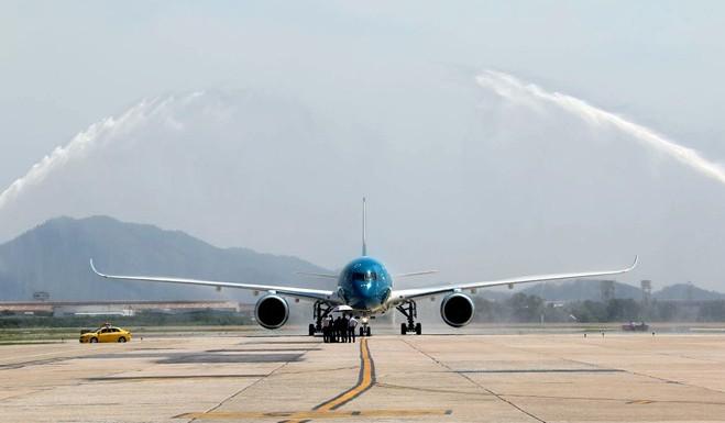 Hanoi airport runway