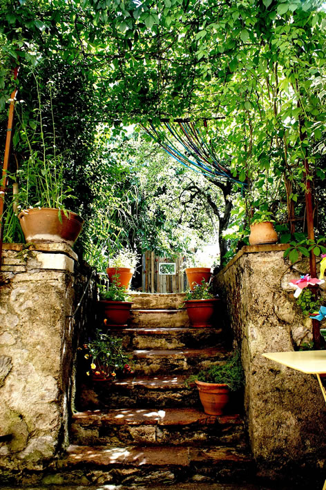 Secret gardens jardins secrets de cahors for Anahy jardin secret