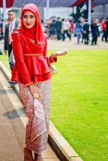 Model Kebaya Kutu Baru Untuk Hijab