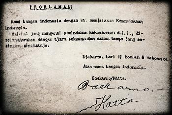 Kami bangsa indonesia dengan ini menjatakan kemerdekaan Indonesia.