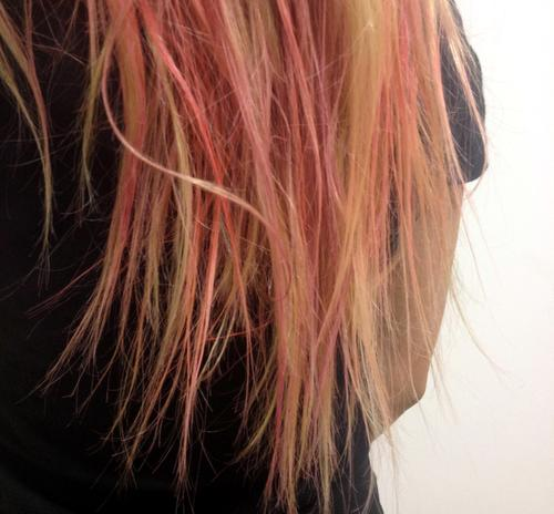 colour-xtreme-hair-art-spray