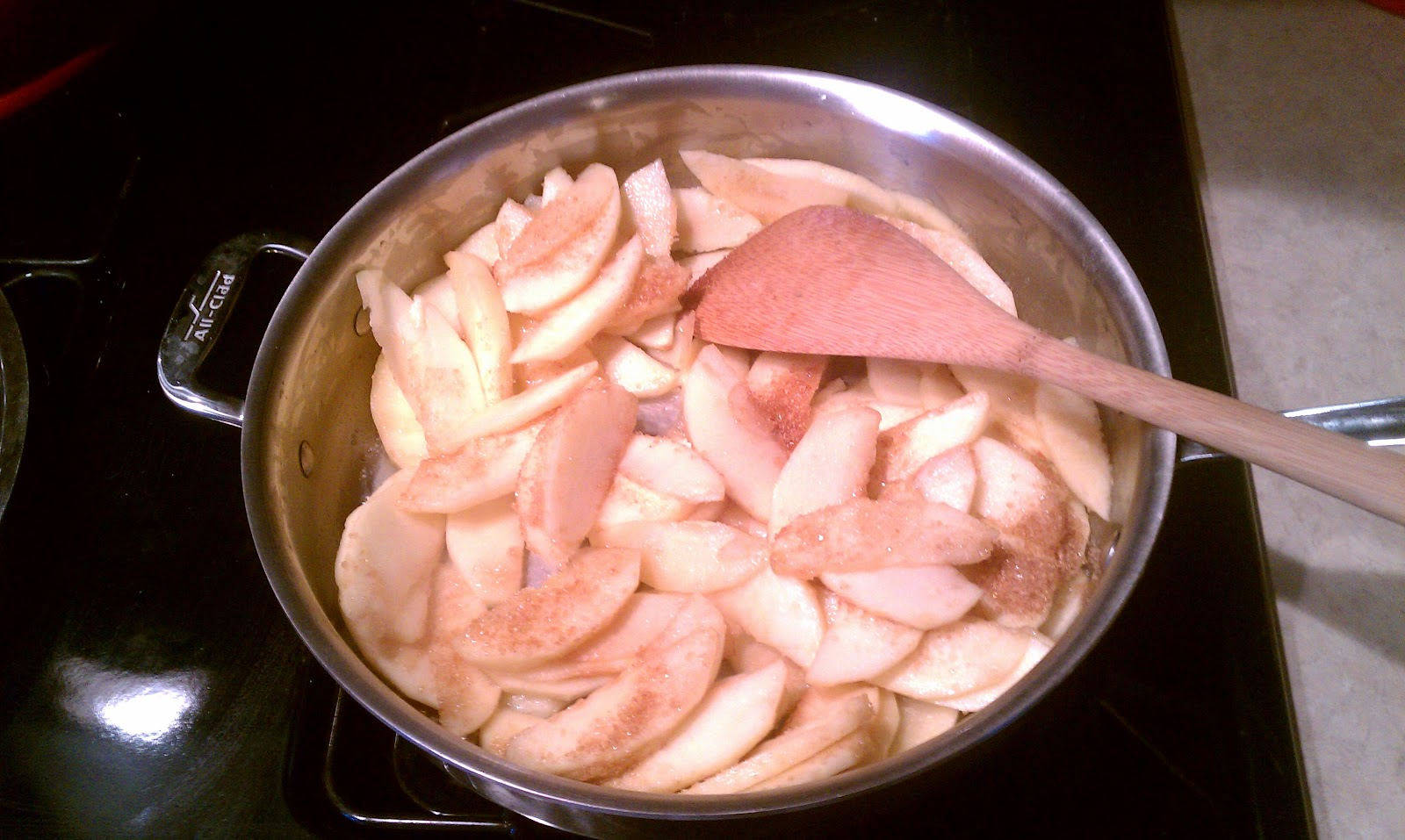 BECOMING MRS. ALLAN: Ginger Apple Torte