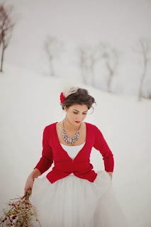 White & Red Simple Christmas Wedding Dresses Idea 2015