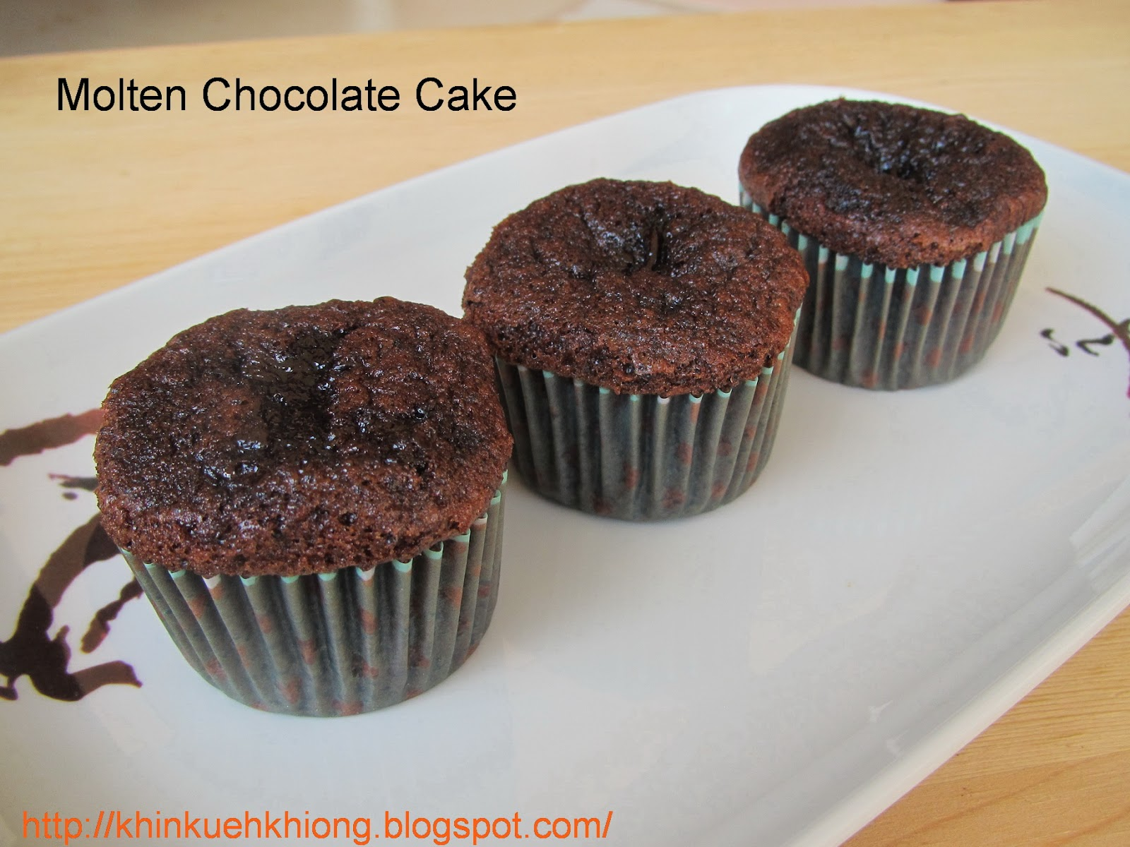 molten chocolate cake molten chocolate cake images molten chocolate ...
