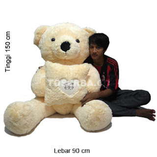Foto Boneka Bear Love Kotak Giant
