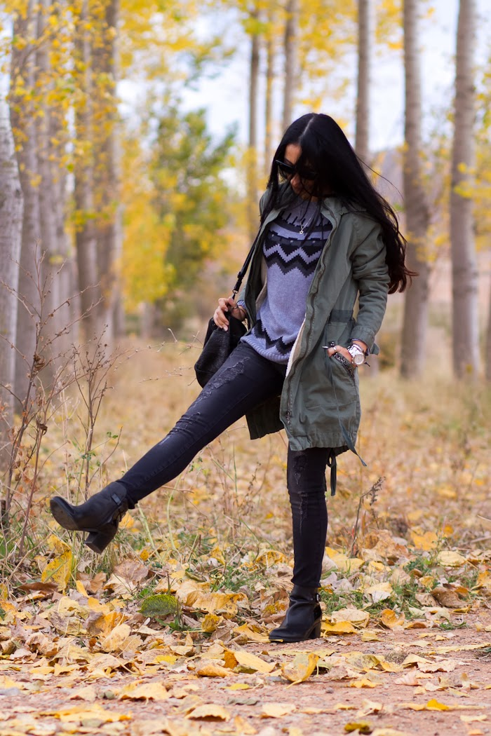 Streetstyle Parka and distresssed jeans