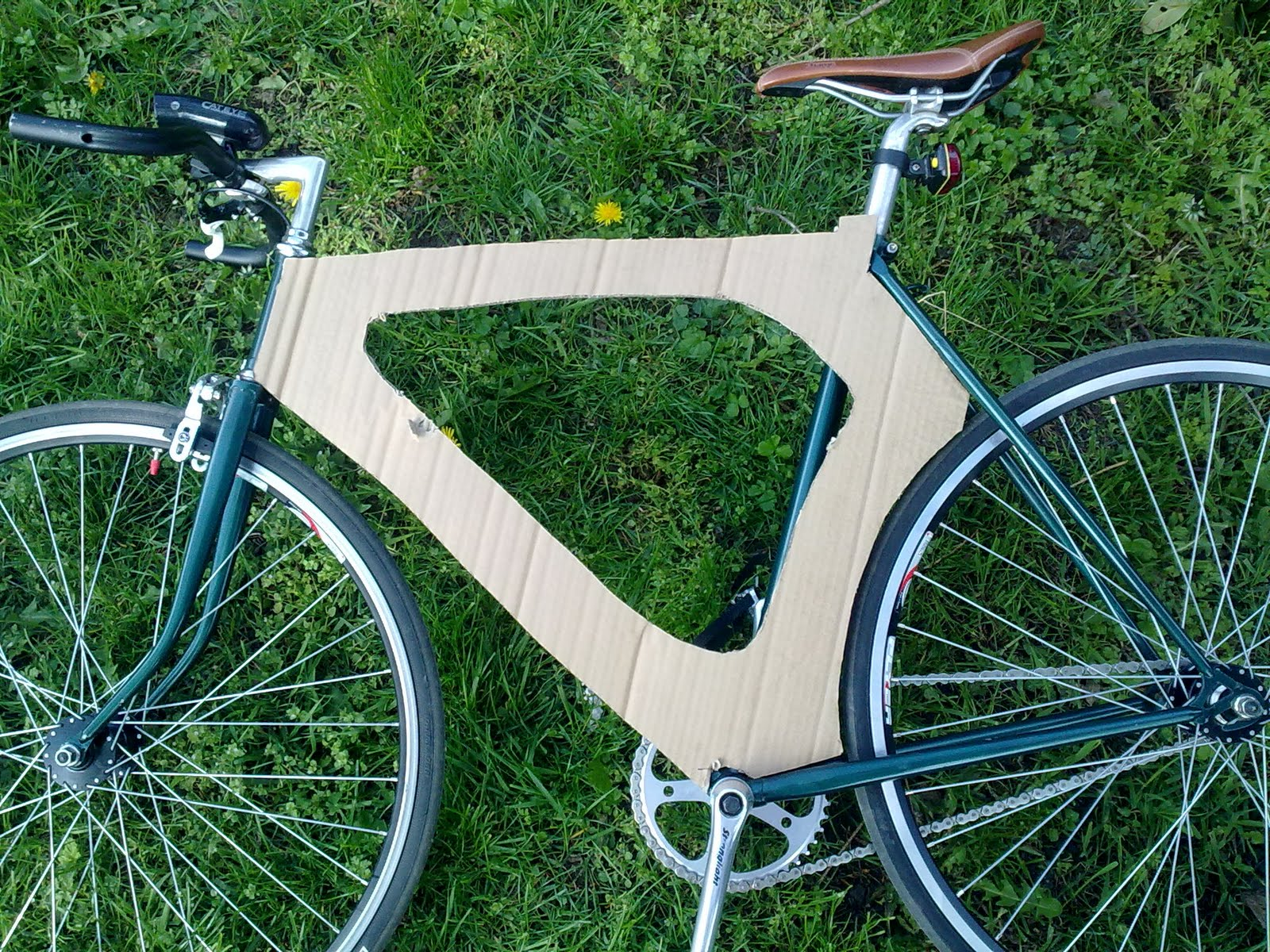 Building a wooden bike.: Frame template.