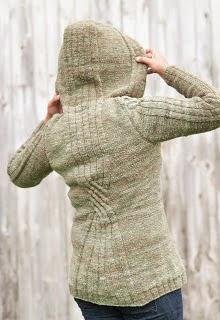 manteau-tricot-capuche