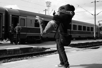 Tomemos el tren que nos lleve a la felicidad.