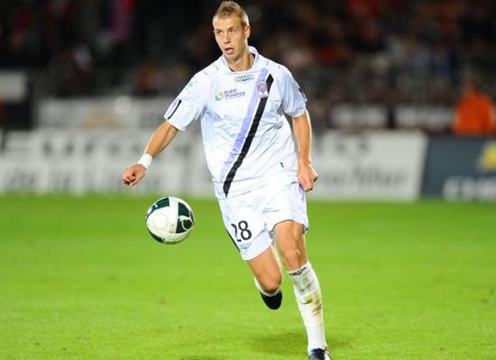 Tottenham Hotspur Transfer : Hotspur bid defender Istres Florian ...