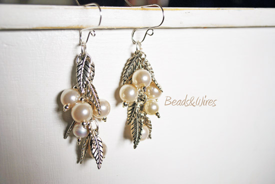 orecchini perle e foglie