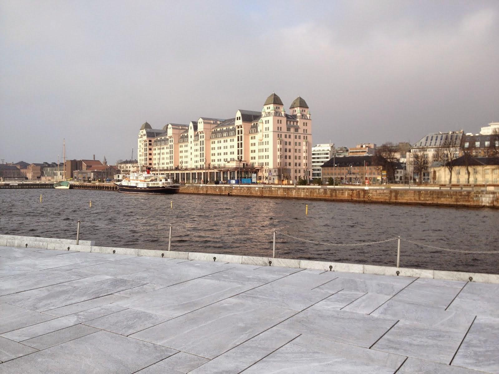 Bilden tagen från Operataket i Oslo