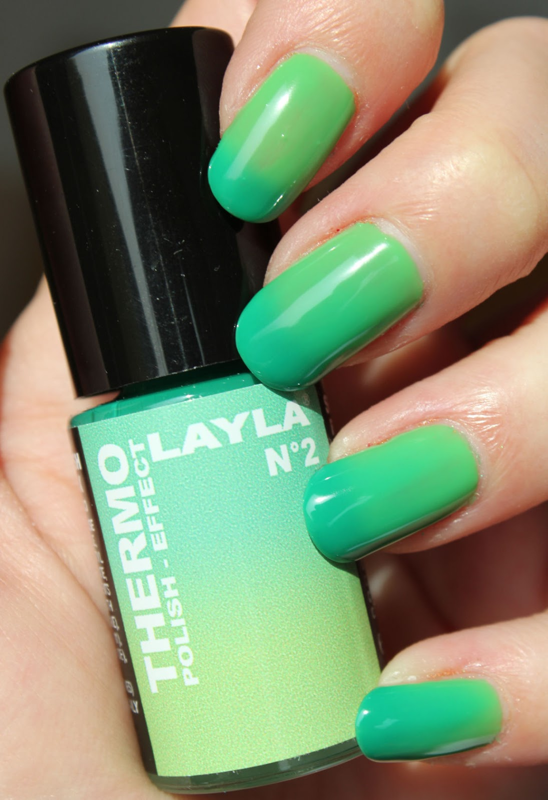 http://lacquediction.blogspot.de/2014/04/layla-thermo-polish-nr-2.html