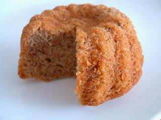 Emine Beder Cevizli Çaylı Kek Tarifi