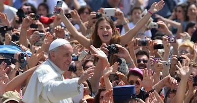 Prefeitura monta esquema de trânsito para passagem do Papa no centro do Rio