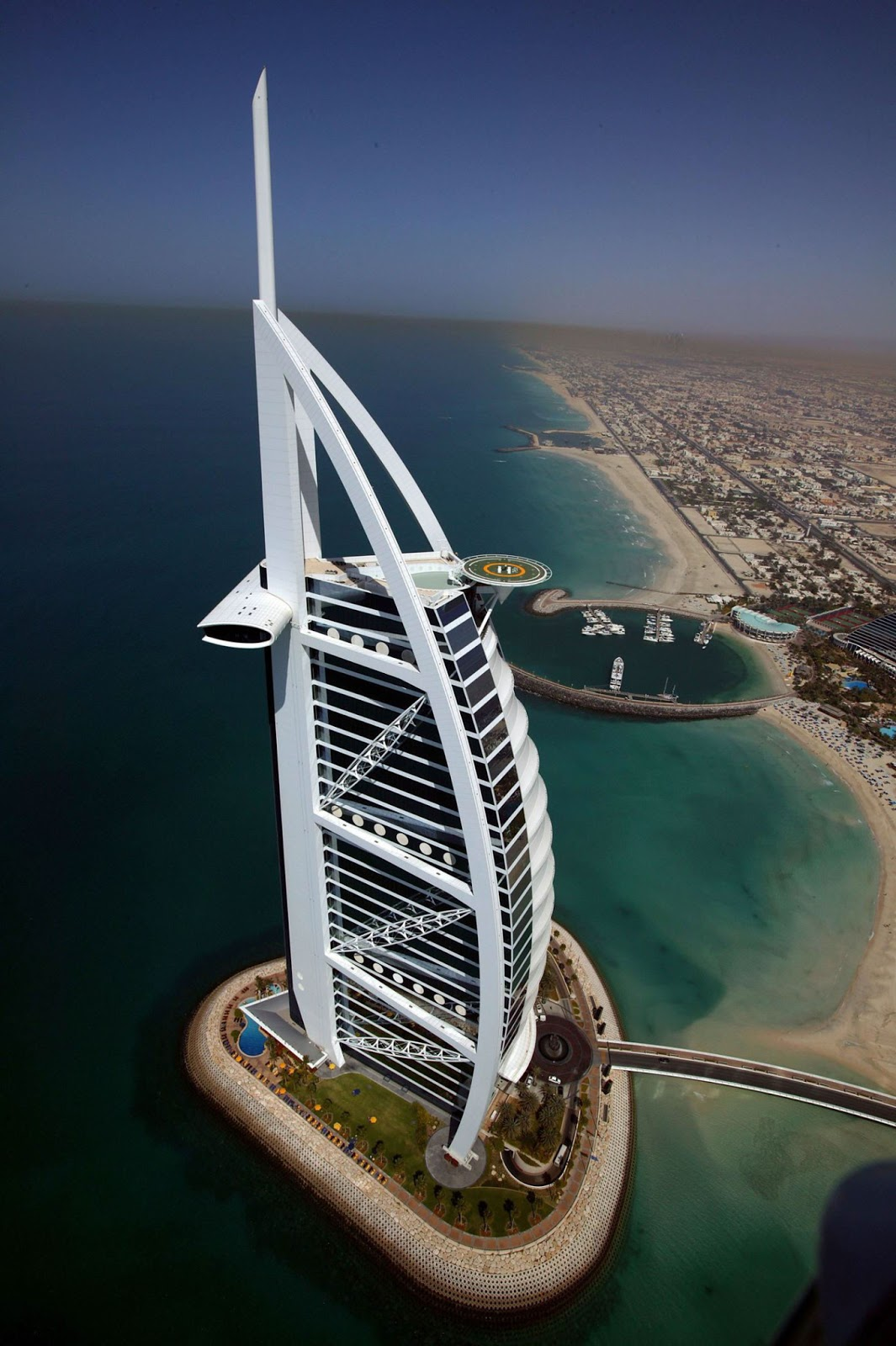 Text From Dubai Architecture