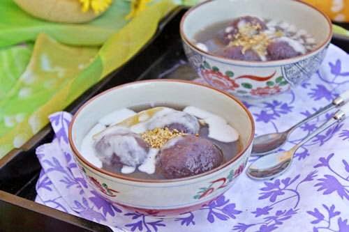 Rice Ball with Purple Yam in Ginger Syrup (Chè Trôi Nước Khoai Tím)