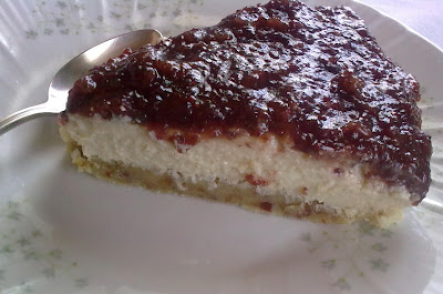 Pastel en Crudo de Anacardos y Arandanos