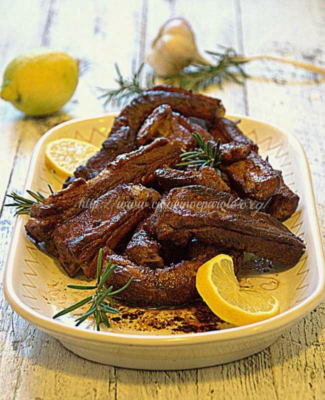 Costine di maiale brasate ricetta