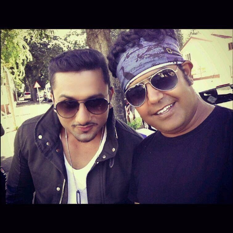 Yo Yo Honey Singh in new look, Yo Yo Honey Singh dressing sense,
