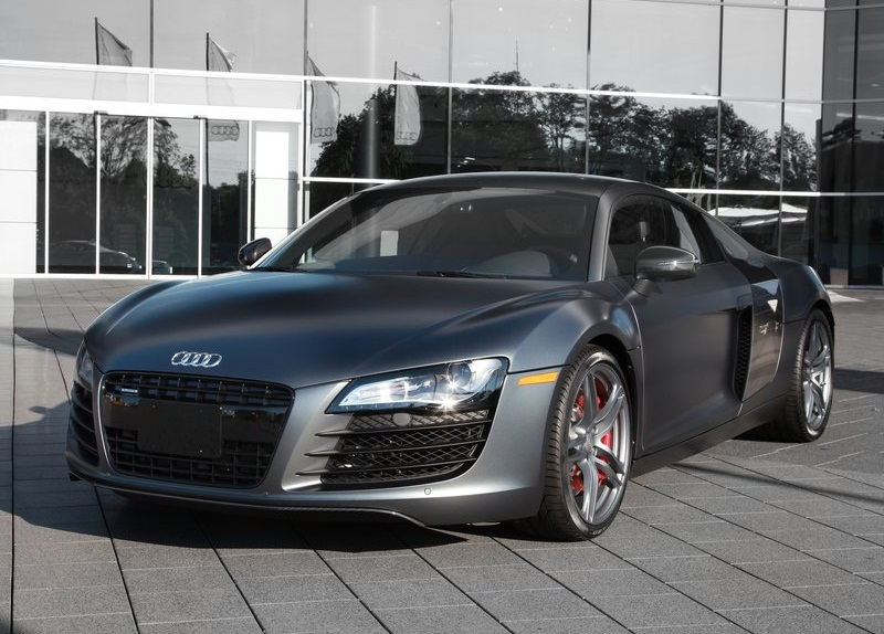 sport car garage audi r8 exclusive selection 2012. Black Bedroom Furniture Sets. Home Design Ideas