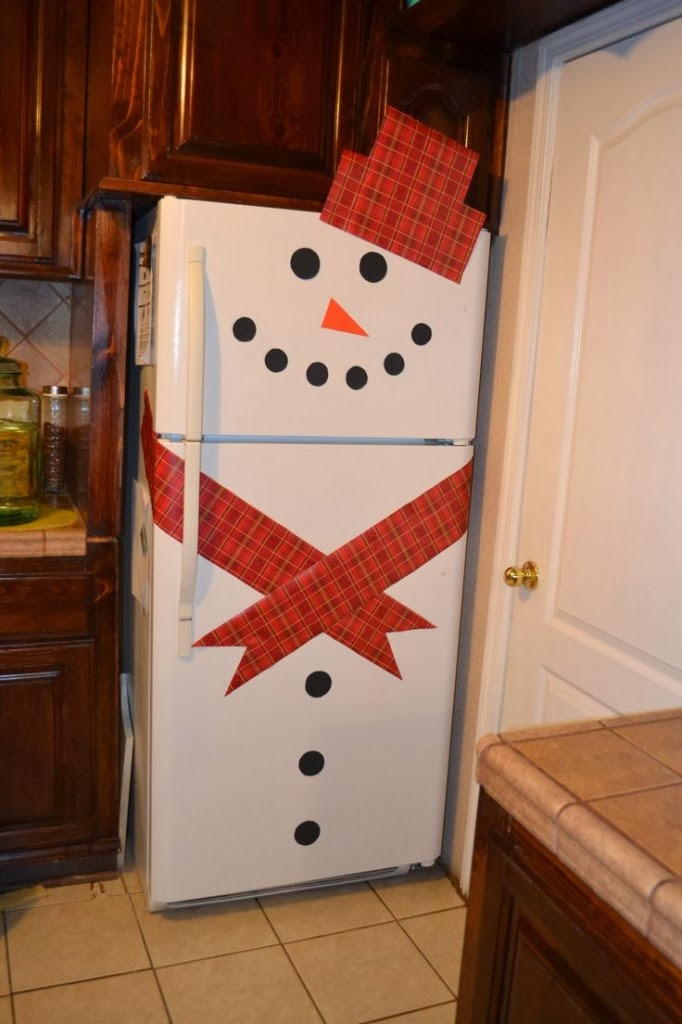 8 creative handmade decorating ideas for refrigerator for Decor to your door