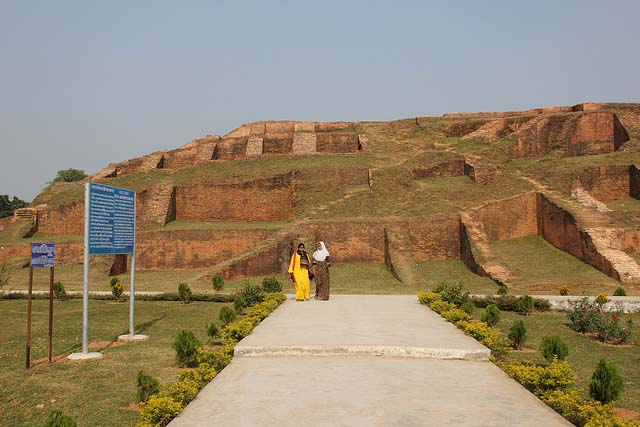 Beautiful Places In Bangladesh Mahasthangarh An Ancient Archaeological Place In Bangladesh