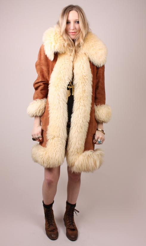 Sheepskin Shearling lover: Nice sheep suede coat vintage