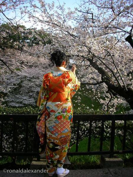 Pacaranlah dgn Cewek Jepang Tapi Jangan Tinggal di Jepang & Menikah ...