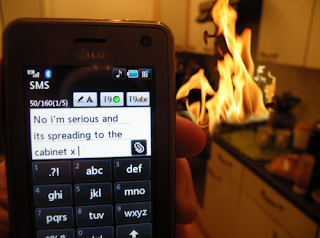 fire no i am serious and its spreading to the cabinet mobile funny pictures texting, funny pictures, mobile funny pictures, fire funny pictures