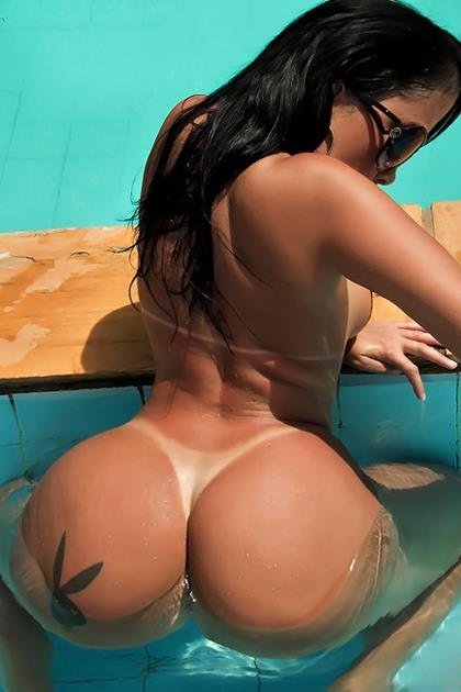 porno-super-popa-braziliya