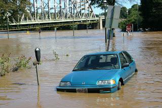 น้ำท่วมกับการชื้อขายรถมือสอง Buy Car Flood