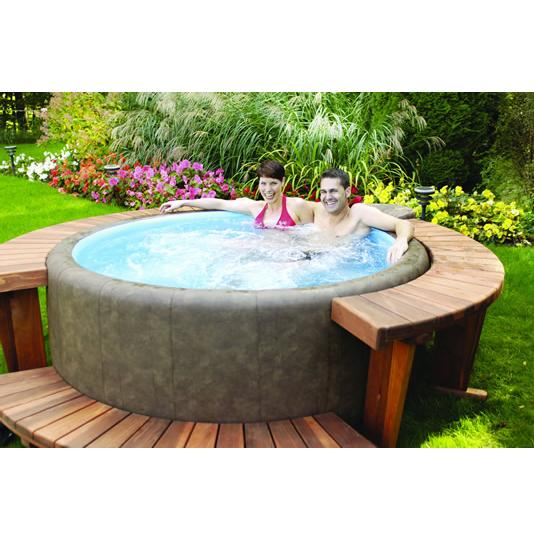 hot tub reviews and information for you reasons to choose round hot tubs. Black Bedroom Furniture Sets. Home Design Ideas