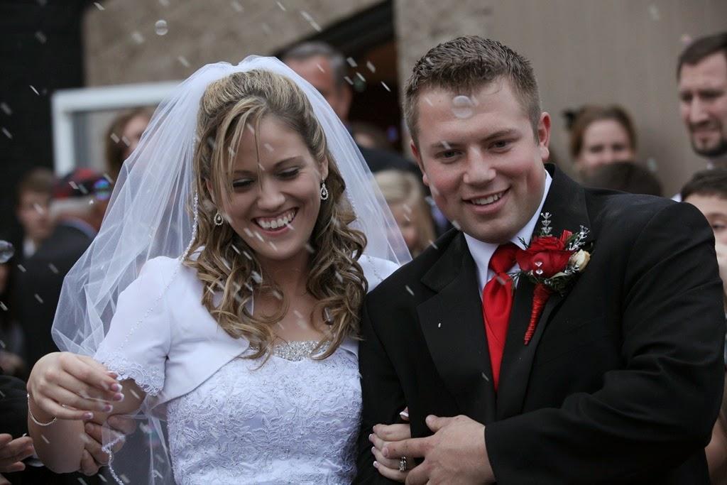Jana Duggar Engaged Zach Bates