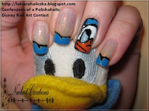 is a Donald Duck Nailart