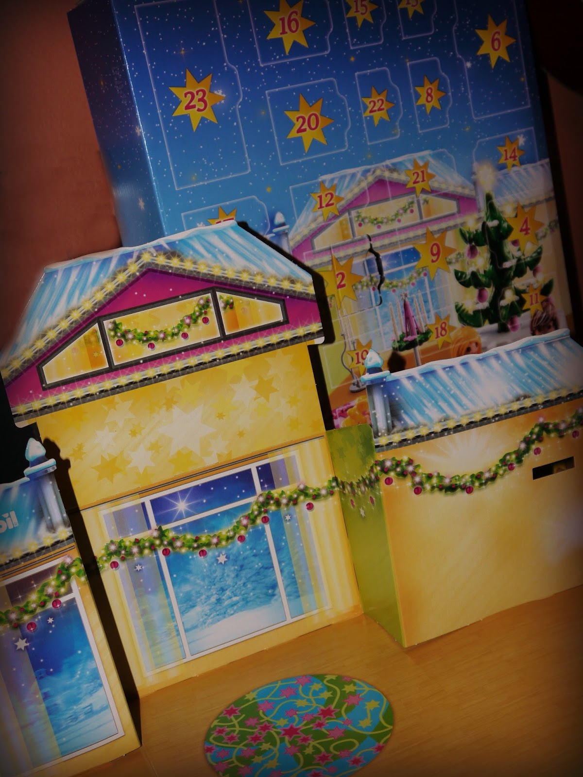 Advent Calendar Ideas Inside : Inside the wendy house counting down to christmas with a