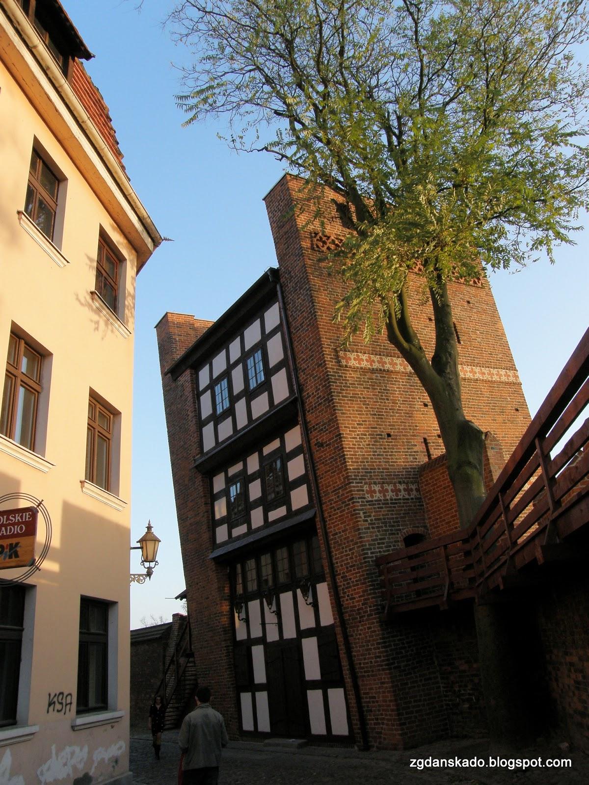 Toruń - Krzywa Wieża