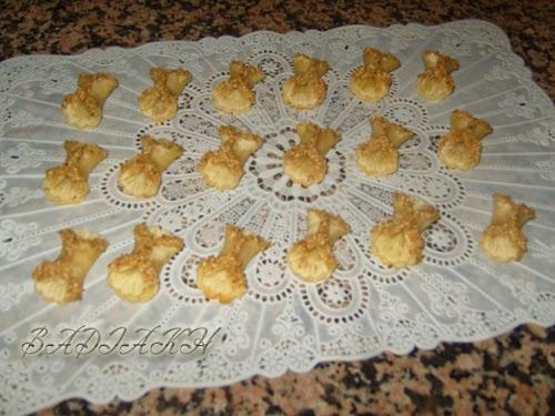 حلويات اللوز المغربية بالصور : حلوة الفراشة باللوز