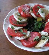 Weight Loss Recipes : Warmed Tomato Salad with Fresh Mozzarella