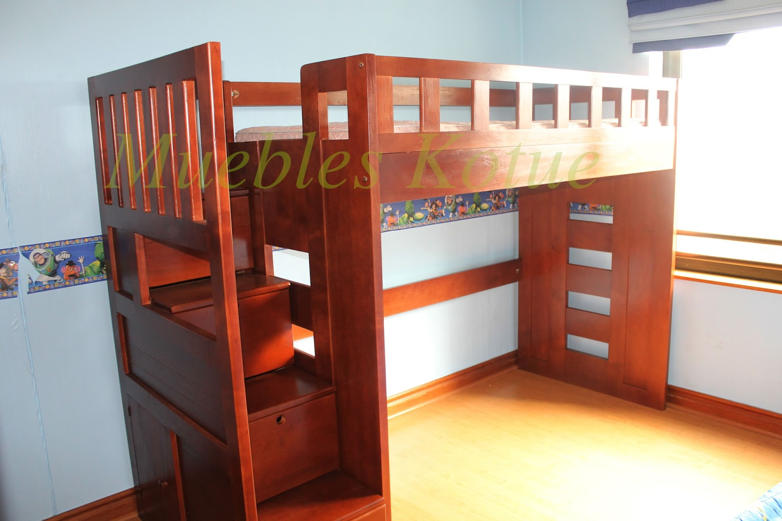 Muebles kotue for Escaleras altas plegables