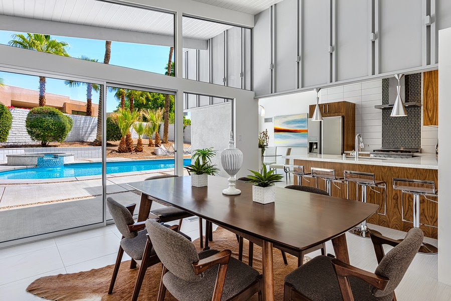 Neil Curry's Listing   Mid-Century home