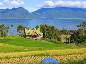 Keanekaragaman Masyarakat dan Kebudayaan Minangkabau