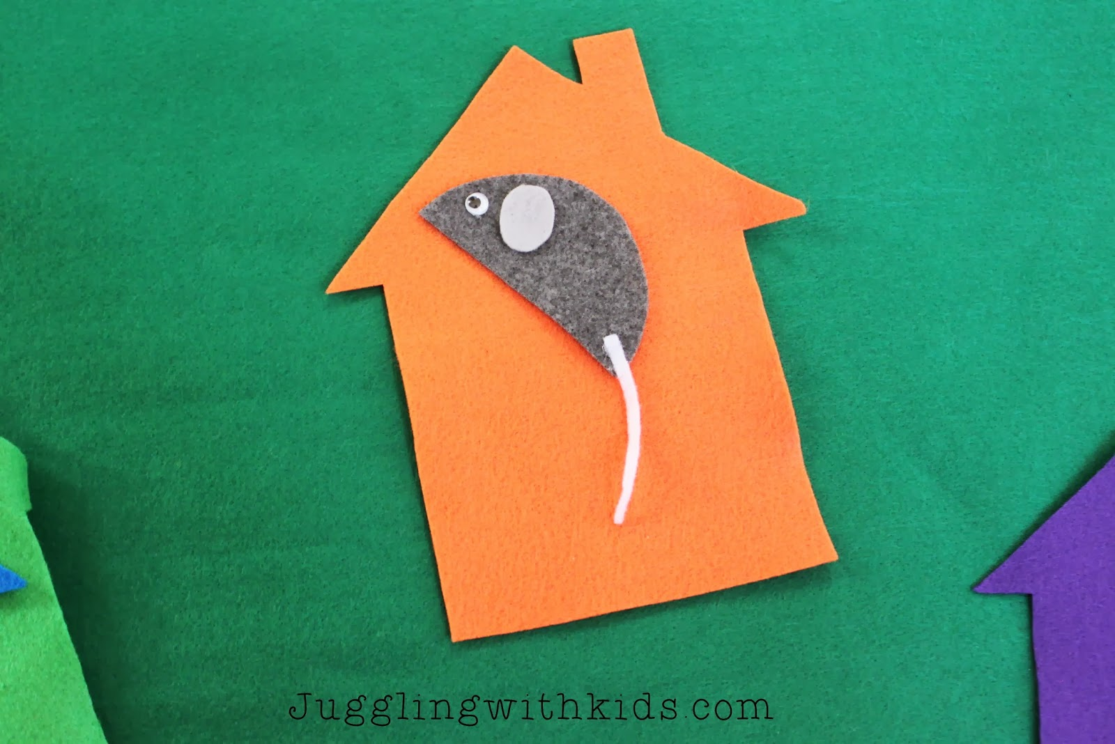 Little Mouse Felt Storyboard Juggling With Kids