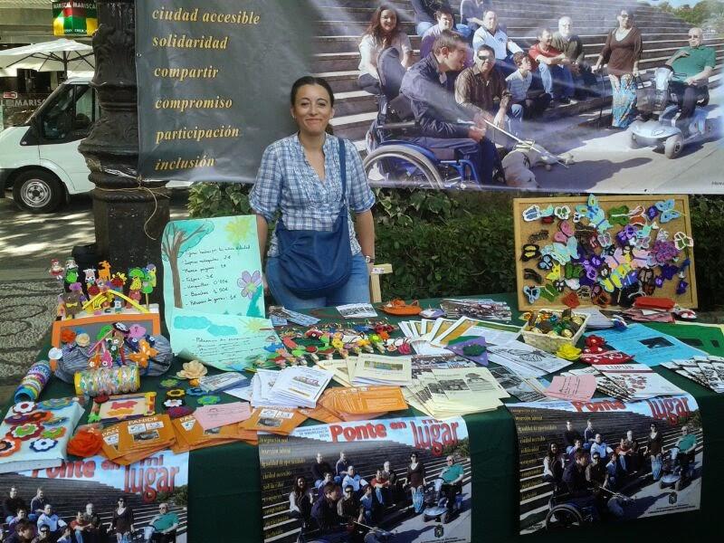 Feria de asociaciones Granada. Fuente de las batallas. Asociación granadina de lupus.