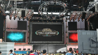 League of Legends - World Playoffs Semifinal Matches