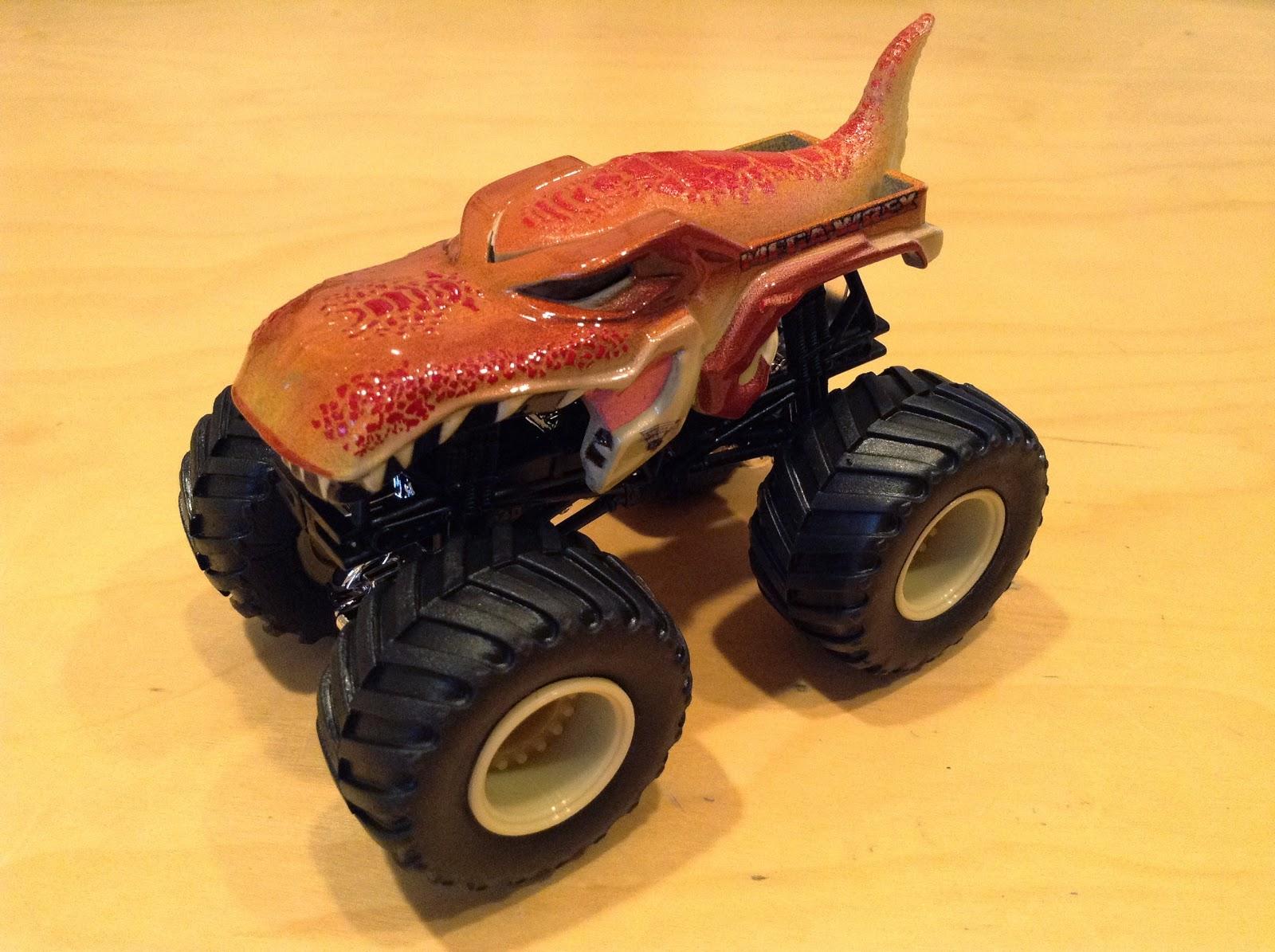 Dinosaur Looking Truck i