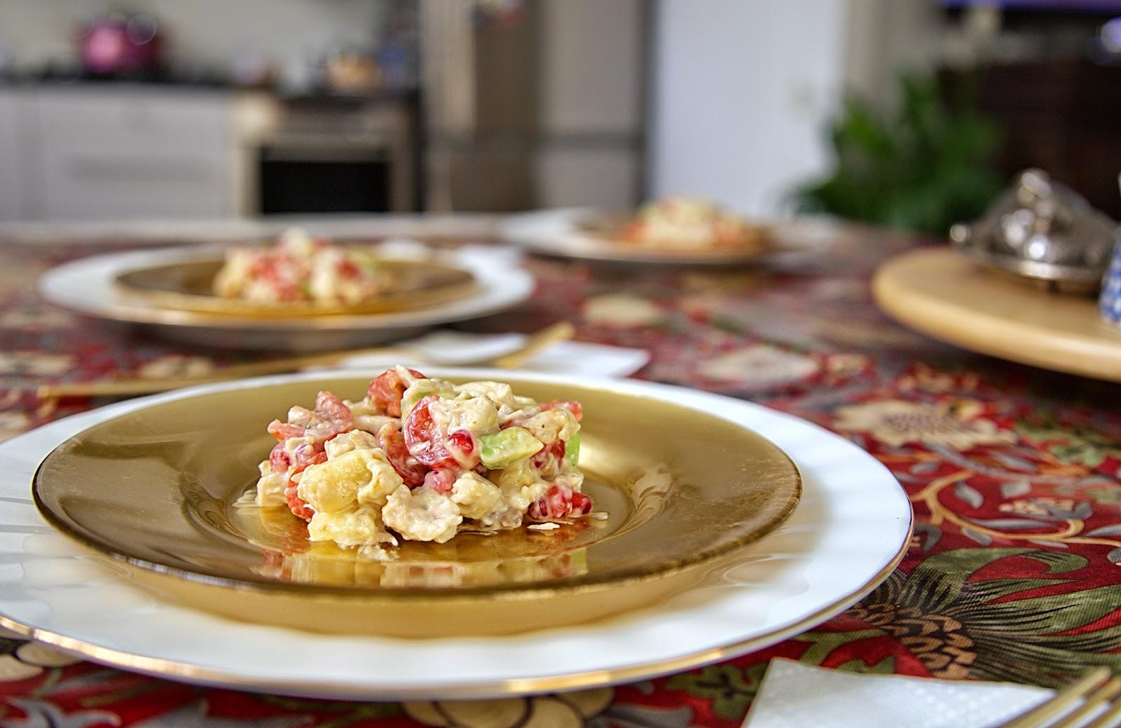новогодний салат ананас курица гранат авокадо рецепт